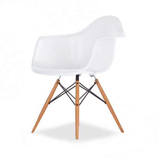 Eames Arm Chair-Fiberglass